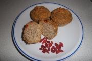 Muffin di tofu alle due crusche con frutti di bosco